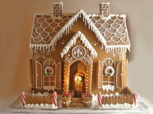 54738-Large-Gingerbread-House