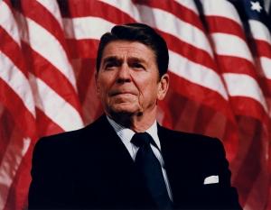 President_Reagan_speaking_in_Minneapolis_1982