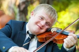 violinist-with-down-syndrome
