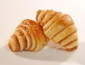 cinnamon croissant