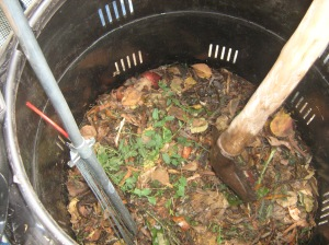 Composting_in_the_Escuela_Barreales