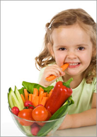 little-girl-eating-vegetabl