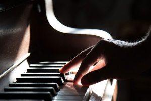 piano-801707_1920_CG