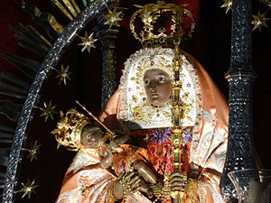 la_virgen_de_candelaria_en_tenerife_patrona_de_las_islas_canarias_espana