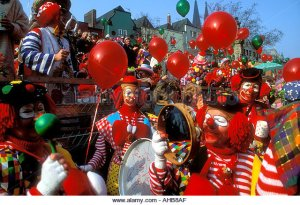 rosenmontag-celebrations-at-karneval-cologne-germany-ahb8af